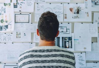 Comment se déroule la conception de l'expérience utilisateur ?